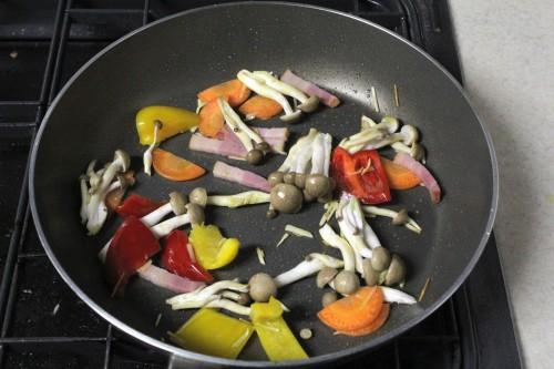 彩野菜のガーリック炒め