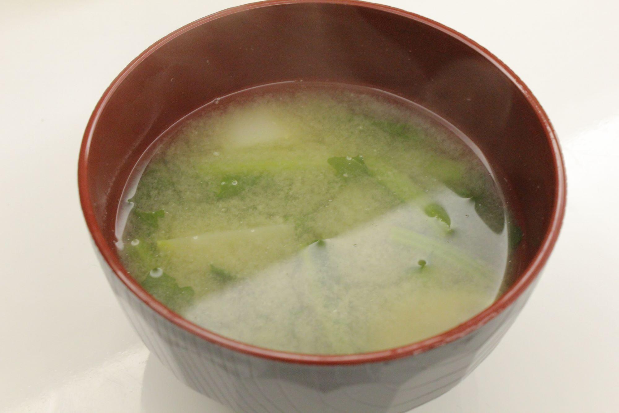 蕪の味噌汁