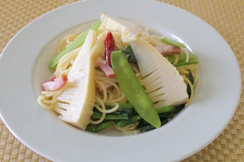 筍と絹さや、菜の花の中華風アーリオ・オーリオ・ディ・ペペロンチーニ