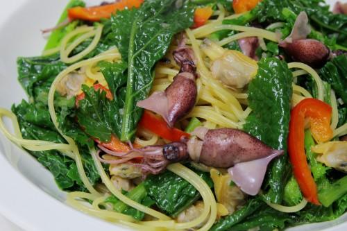 ホタルイカとアサリ、二塚からし菜のスパゲッティ